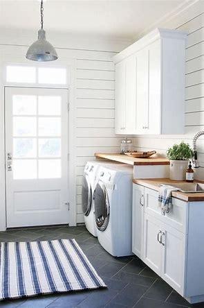 shiplap laundry 2